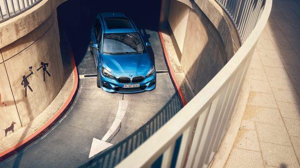 BMW 2er Gran Tourer Interieur von vorne oben