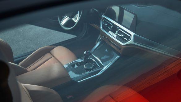 BMW 4er Coupé Interieur von oben durch Panorama-Glasdach